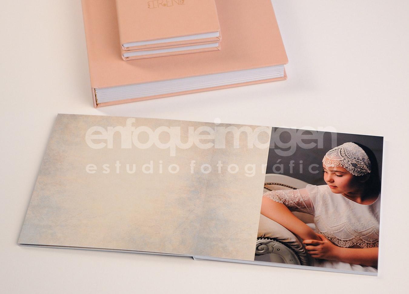 álbum de firmas, reportaje comunión, estudio fotográfico Málaga, enfoqueimagen