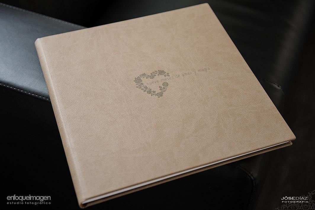 álbum de embarazo, encuadernado álbum, reportajes y álbum. fotografía profesional, reportaje estudio