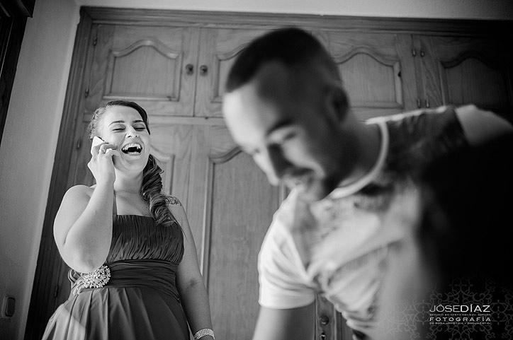 sonrisa, reportaje de boda, fotografía documental de boda, momentos alegres de una boda, fotografías originales de boda