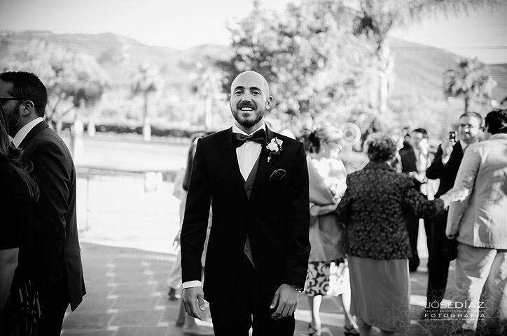 novio esperando a la novia, ceremonia de boda, fotografías de boda por Jose Díaz fotógrafo Málaga