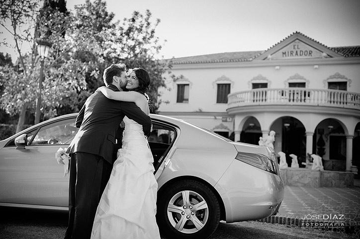 llegada de la novia a la boda, fotografía de boda artística y documental, fotógrafo Jose Díaz, estudio fotográfico Málaga