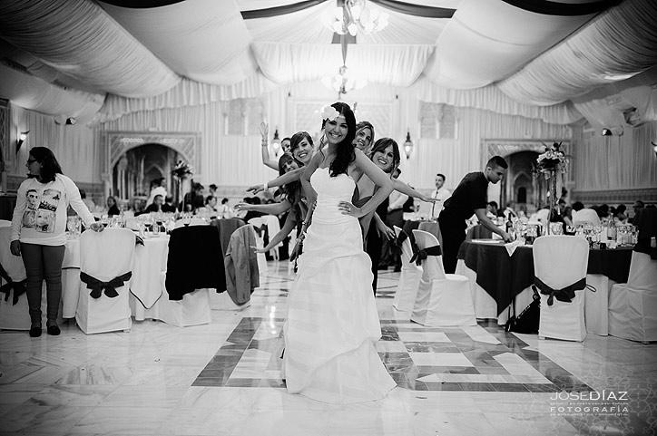novia y amigas de la novia, cena en hotel Mirador, reportaje de boda Málaga, fotografía artística Jose Díaz, fotógrafos Málaga, fotógrafo reportaje