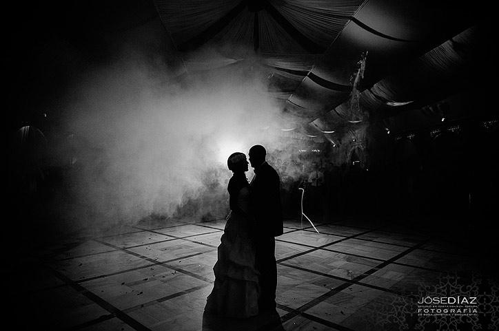 Baile nupcial de boda, reportaje documental de boda, fotógrafos Málaga, fotógrafo profesional en Málaga, fotografías originales de boda, fotografía de calidad