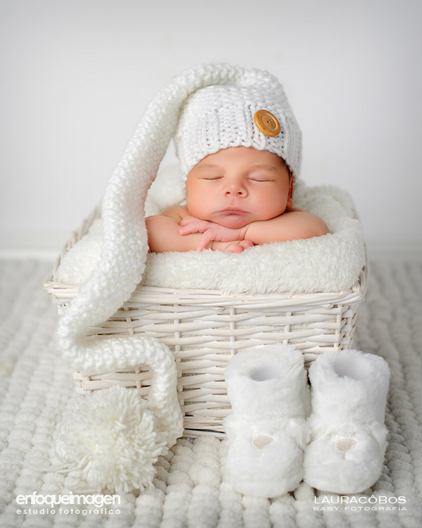 fotografía artística de niños, fotos recién nacidos, sesión estudio, fotógrafos Málaga, fotografía de bebés