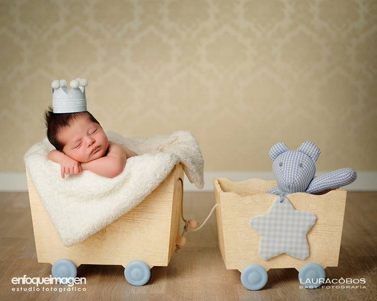 fotógrafa infantil, fotografía de recién nacido, fotografía artística niños, fotos recién nacidos, sesión estudio, fotógrafos Málaga, fotografía de bebés