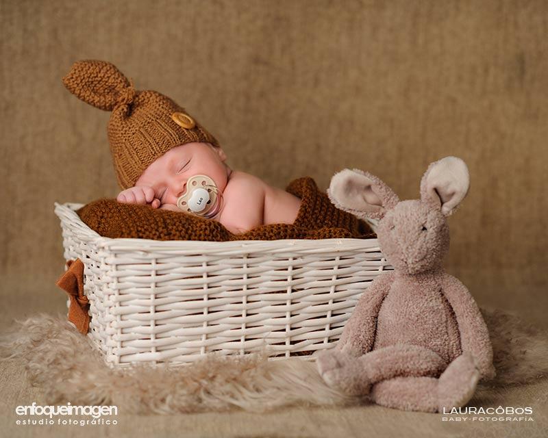 Fotografía de niños en estudio, fotografía de bebé, fotógrafa infantil, fotografía de recién nacido, fotografía artística, fotógrafos Málaga