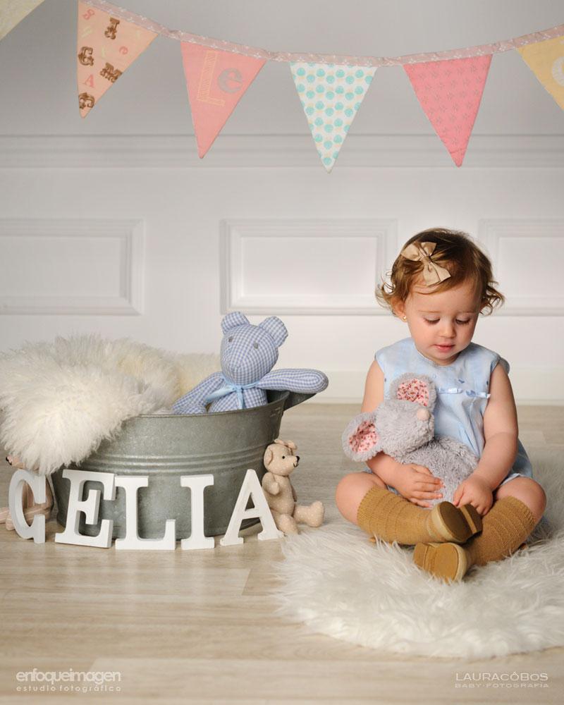 reportaje infantil en estudio, fotografía de estudio artística, reportajes de recién nacido, fotógrafos Málaga, new born, Laura Cobos, enfoqueimagen, Teatinos