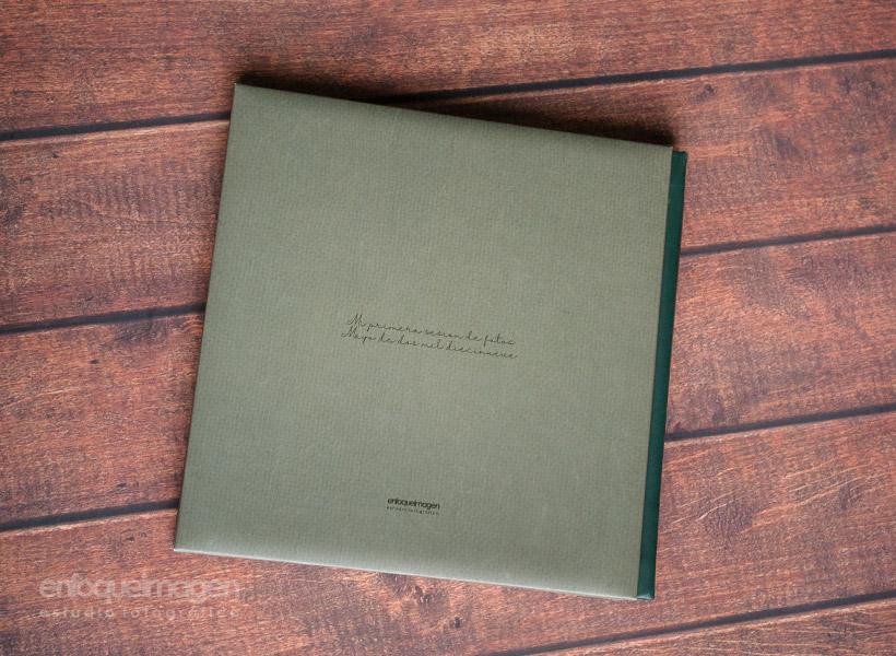 álbum fotografías estudio, estudio fotográfico Málaga, enfoqueimagen. Fotógrafos Málaga