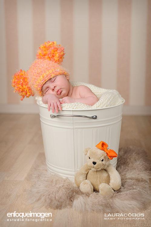 bebés adorables, fotografías artísticas de bebés, reportajes bebés, foto recién nacido, fotógrafos Málaga, reportajes de fotos en estudio, estudio de fotografía Teatinos