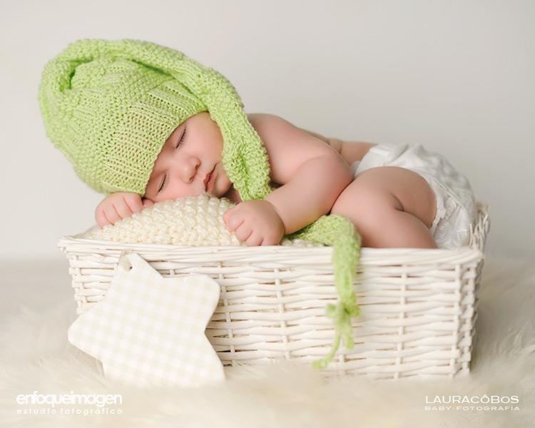 fotos tiernas de bebé, fotografía bebé Málaga, reportaje recién nacido, fotografías estudio, fotógrafo Málaga,fotos de bebé en estudio, fotógrafos Málaga, reportajes bebé, fotos de recién nacido, fotos estudio artísticas, sesión estudio