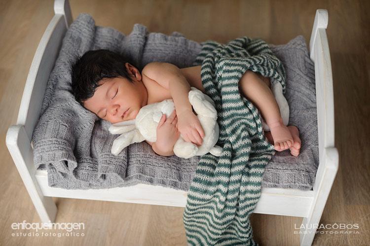 fotos estudio de recién nacido, fotografía bebé Málaga, reportaje recién nacido, fotografías estudio, fotógrafo Málaga,fotos de bebé en estudio, fotógrafos Málaga, reportajes bebé, fotos de recién nacido, fotos estudio artísticas