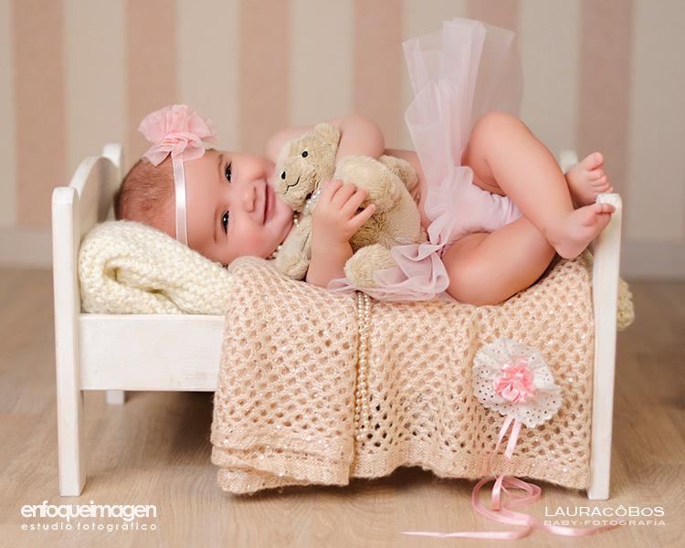 fotografía bebé Málaga, reportaje de bebé, fotografías estudio, fotógrafo Málaga,fotos de bebé en estudio, fotógrafos Málaga, reportajes bebé, fotos de recién nacido, fotos estudio artísticas