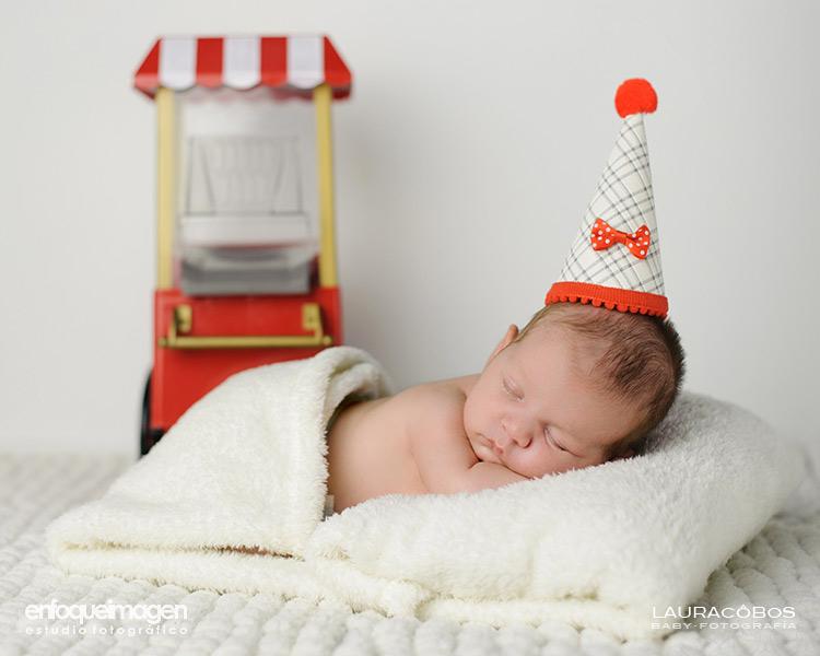 sesión fotográfica bebé, fotografía de bebés , fotografía de recién nacidos Málaga, reportaje estudio, reportaje infantil, estudio fotográfico, fotógrafos Málaga, fotógrafa Málaga, Laura Cobos