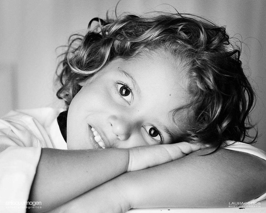 retrato infantil, fotografía profesional, reportaje de estudio