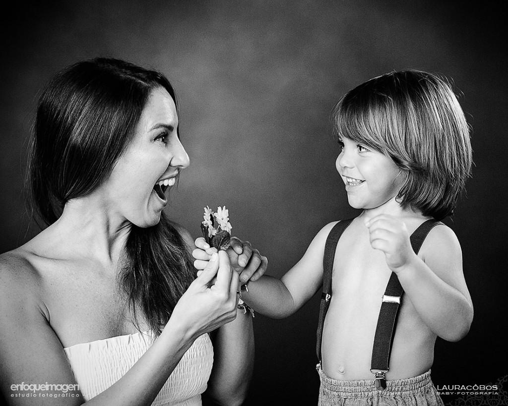 fotografías de familia, reportaje de familia, sesión de estudio