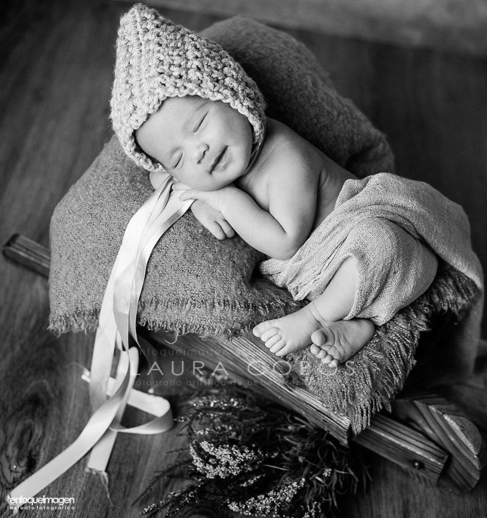 foto bebe, reportaje bebe, recien nacido, newborn, fotógrafo Málaga