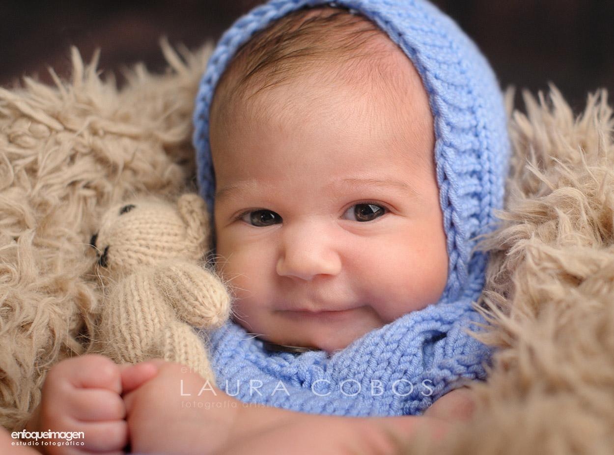 bebé tras la cuarentena, fotografías málaga bebé, fotos bebé despues de la cuarentena, estudio fotográfico, reportajes de bebés en málaga, fotógrafos málaga