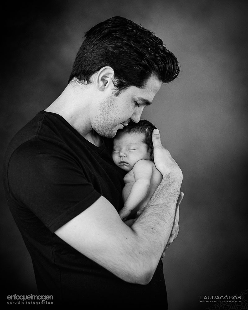fotografía papá y bebé, fotografia familia recién nacido