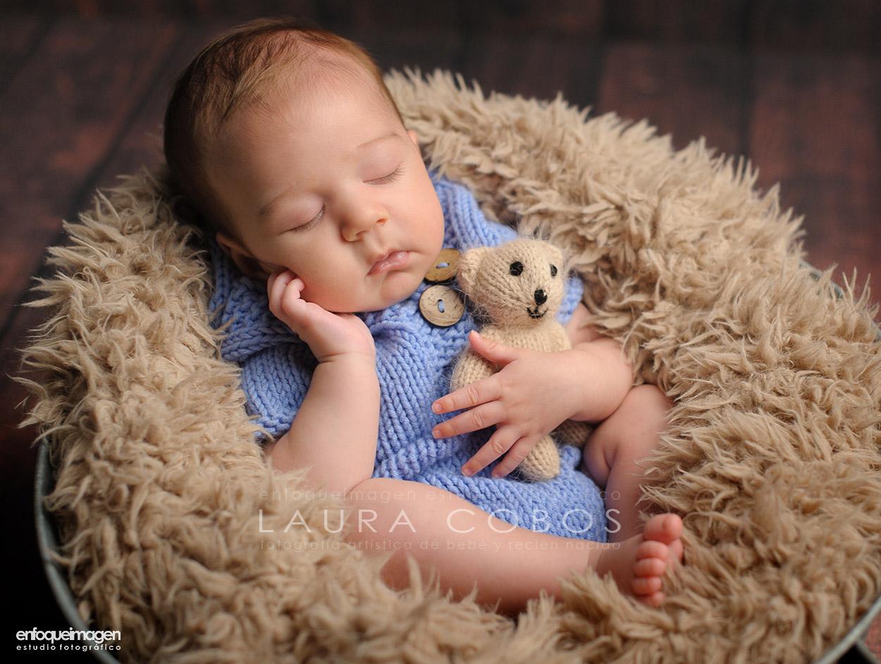 bebé después de la cuarentena, foto de bebé, fotografia recién nacido, foto bebé 2 meses