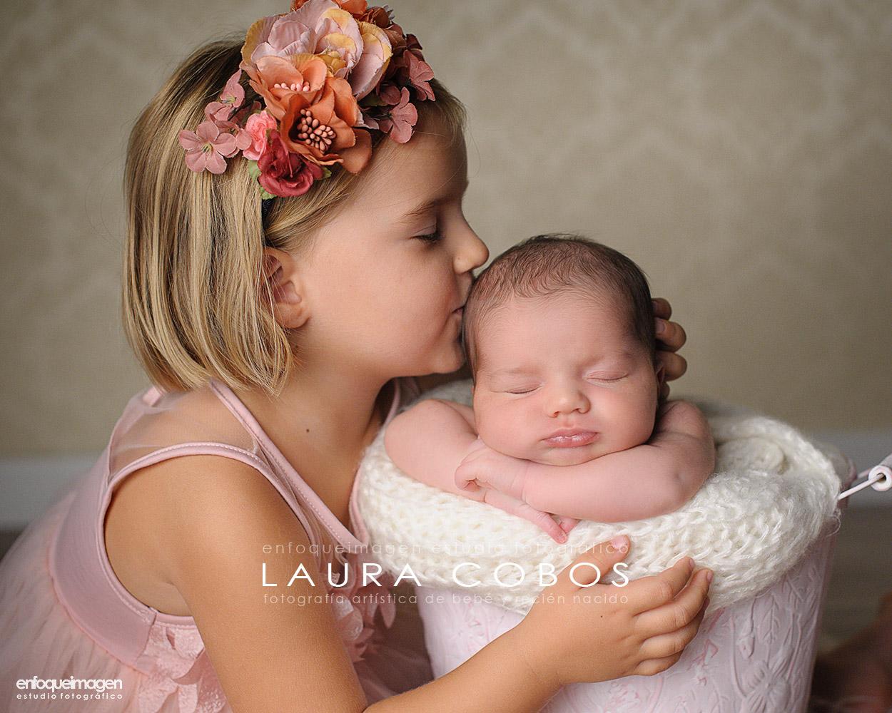 fotos familia, adorables bebés, fotografía bebés málaga, fotos recien nacido málaga, reportajes de bebés, fotógrafía artística, Laura Cobos