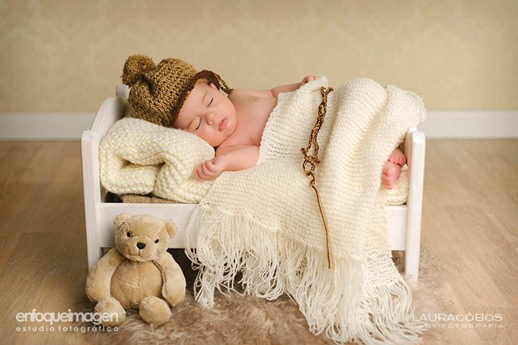 fotógrafo de bebé, fotografía de bebé, sesión de estudio de recién nacido, fotógrafa infantil, fotografía de recién nacido, fotografía artística niños, fotos recién nacidos, sesión estudio, fotógrafos Málaga, fotografo de bebé