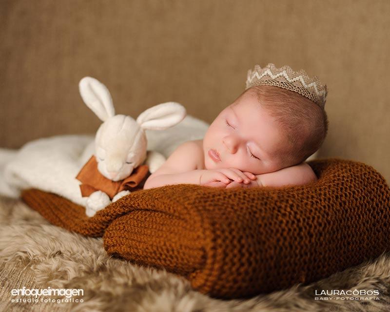 Reportaje de bebé, fotografía infantil, fotografía de niños en estudio, fotógrafa infantil, fotografía artística, fotógrafos Málaga
