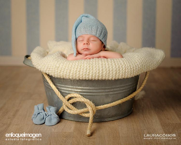 sesión de estudio de recién nacido, fotógrafa infantil, fotografía de recién nacido, fotografía artística niños, fotos recién nacidos, sesión estudio, fotógrafos Málaga, fotografía de bebés